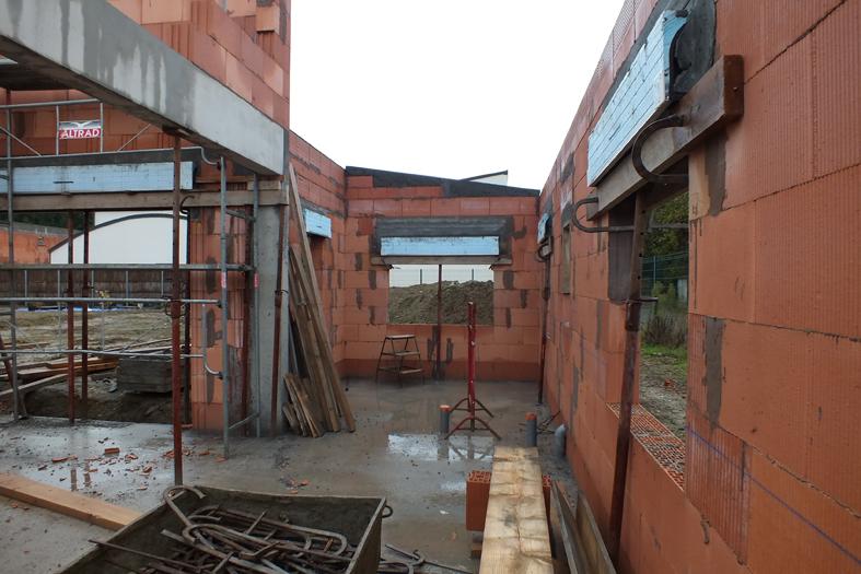 2014-11-architecte-maison-vern-sur-seiche-chantier-maconnerie-03