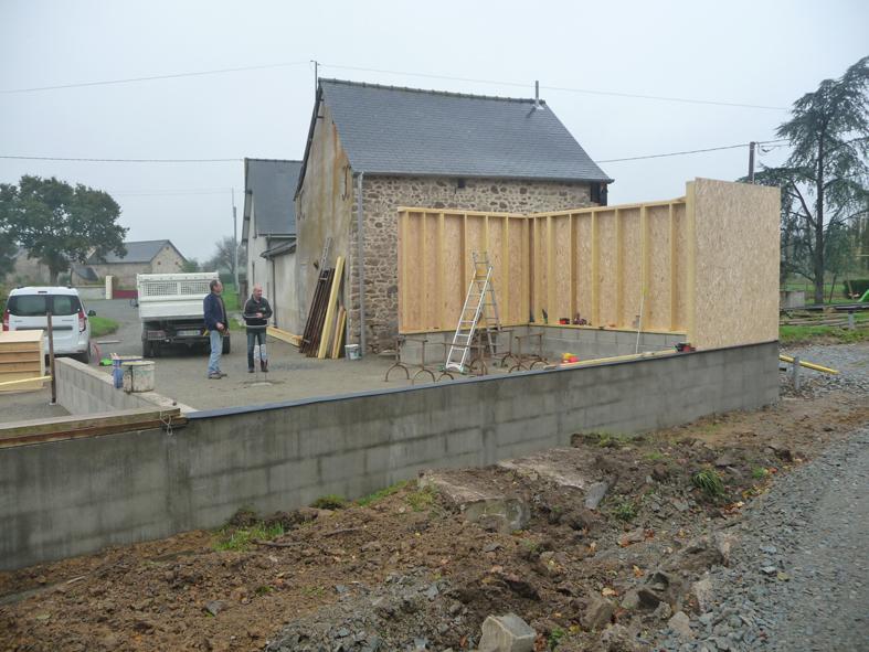 2014-12-architecte-maison-martigne-chantier-garage-03