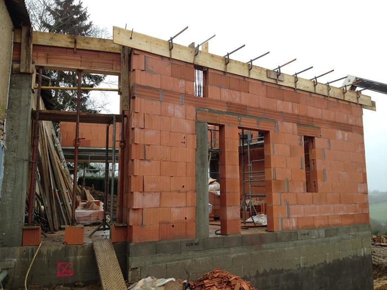 2015-01-architecte-extension-maison-st-vincent-chantier-maconnerie-02