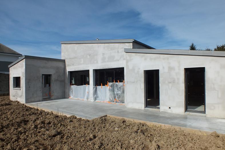 2015-02-architecte-maison-vern-sur-seiche-chantier-menuiseries-03