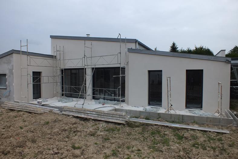 2015-06-architecte-maison-vern-sur-seiche-chantier-facade-01