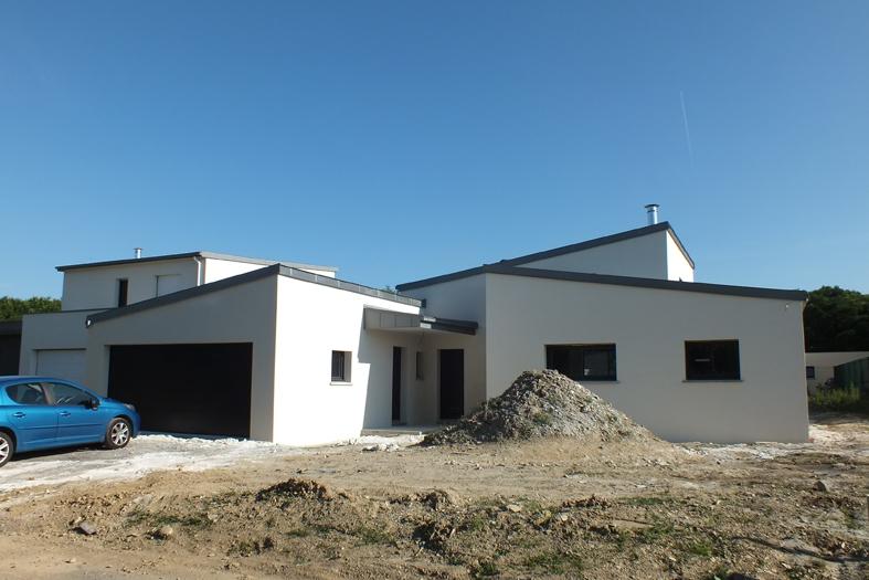 2015-06-architecte-maison-vern-sur-seiche-chantier-facade-02