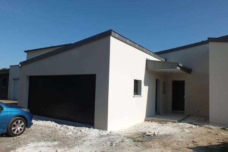 2015-06-architecte-maison-vern-sur-seiche-chantier-facade-03