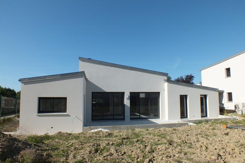 2015-06-architecte-maison-vern-sur-seiche-chantier-facade-06