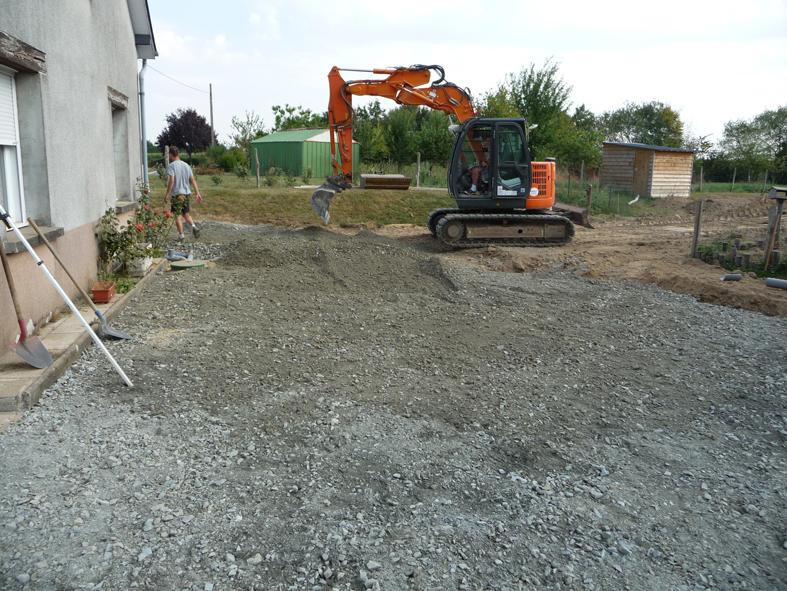 2016-04-architecte-maison-martigne-chantier-drainage-03