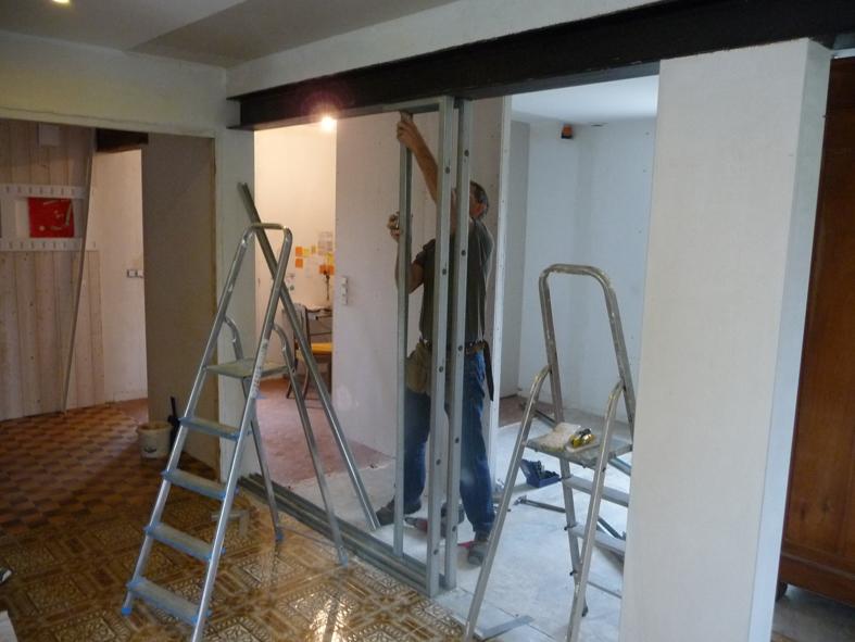 2016-09-architecte-maison-martigne-chantier-cloison-02