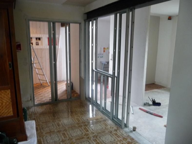2016-09-architecte-maison-martigne-chantier-cloison-03