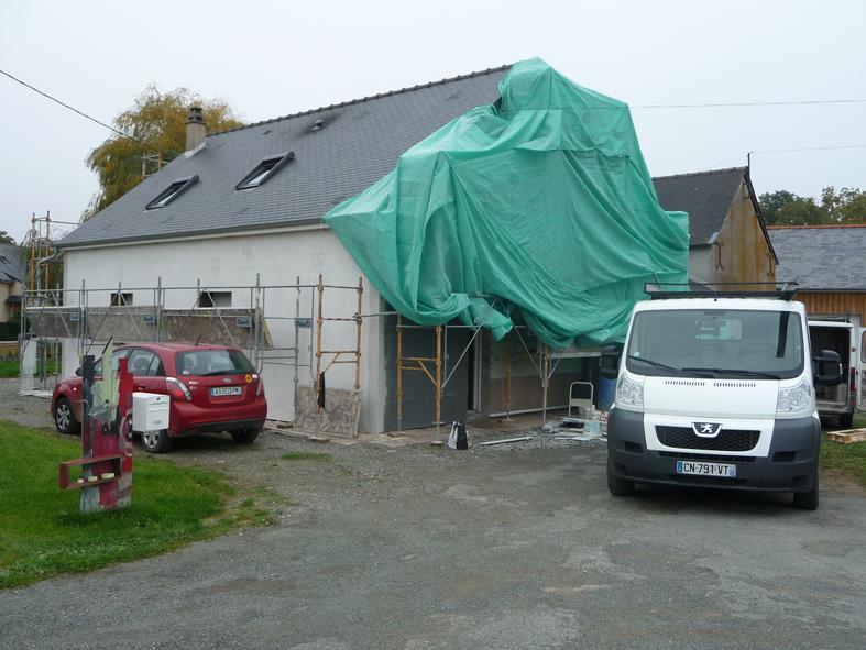 2016-10-architecte-maison-martigne-chantier-facade-06