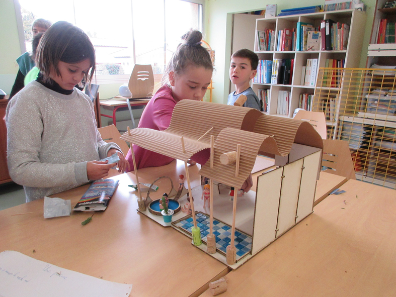 2016-11-architecte-atelier-potentiel-journee-dans-les-classes-le-cellier-05